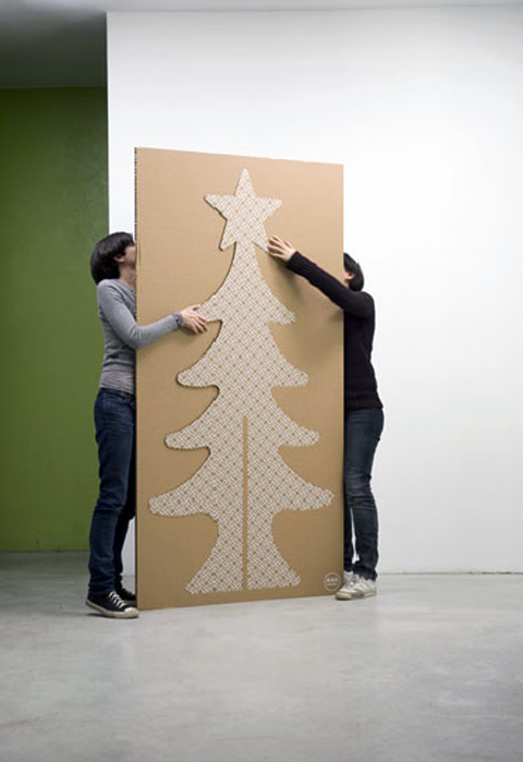 Christmas Tree made of Cardboard  by A4Adesign