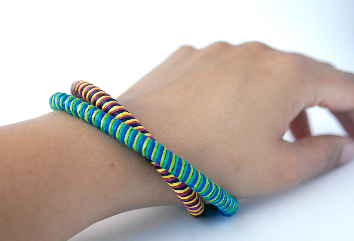 PaperPhine: DIY tutorial Paper Bracelet - Paper Bangle