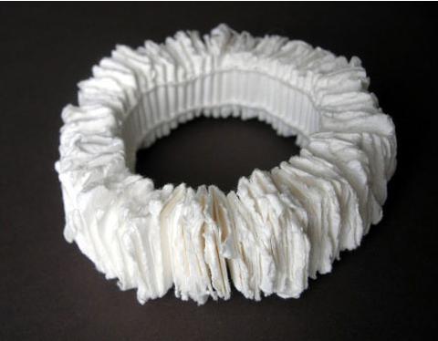 Florence Jaquet Bracelet: Je me livre ... et vous ? 2011 Paper, linen thread Ø 22 cm