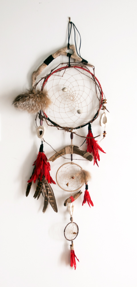 A Paper Twine Dreamcatcher by Linda Barab