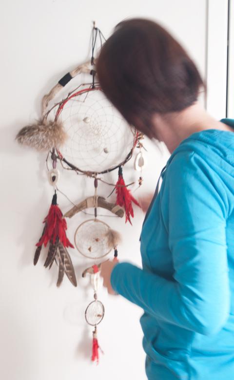 A Paper Twine Dreamcatcher by Linda Barabé