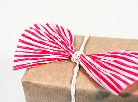 PaperPhine: Gift Wrapping