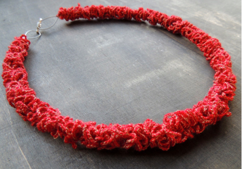 PaperPhine: Crochet Necklace by Sandra Vanden Broucke