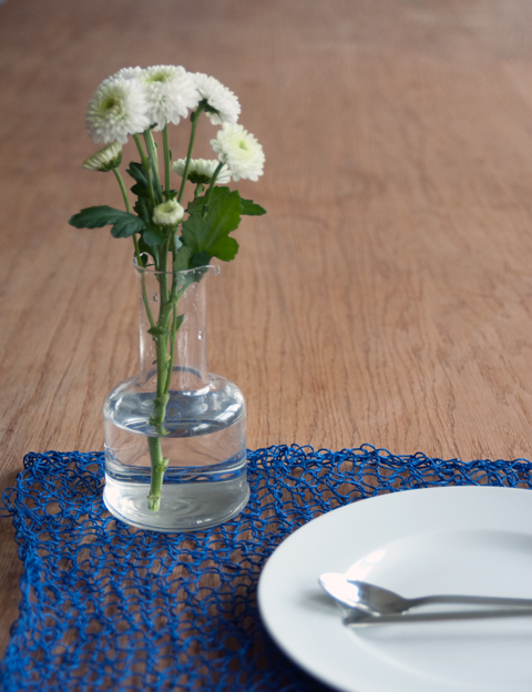 PaperPhine: Kitted Place Mats made of Paper Twine / Table Runner / Paper Place Mat