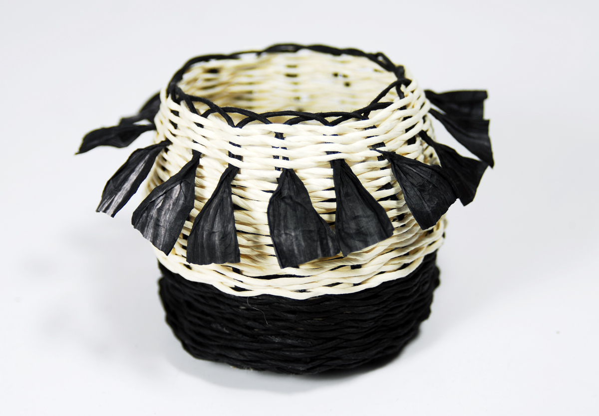 PaperPhine: Small Black-and-White Paper Twine Basket